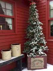 50 front porches farmhouse christmas decorations ideas (4)