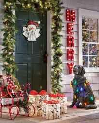 50 front porches farmhouse christmas decorations ideas (7)