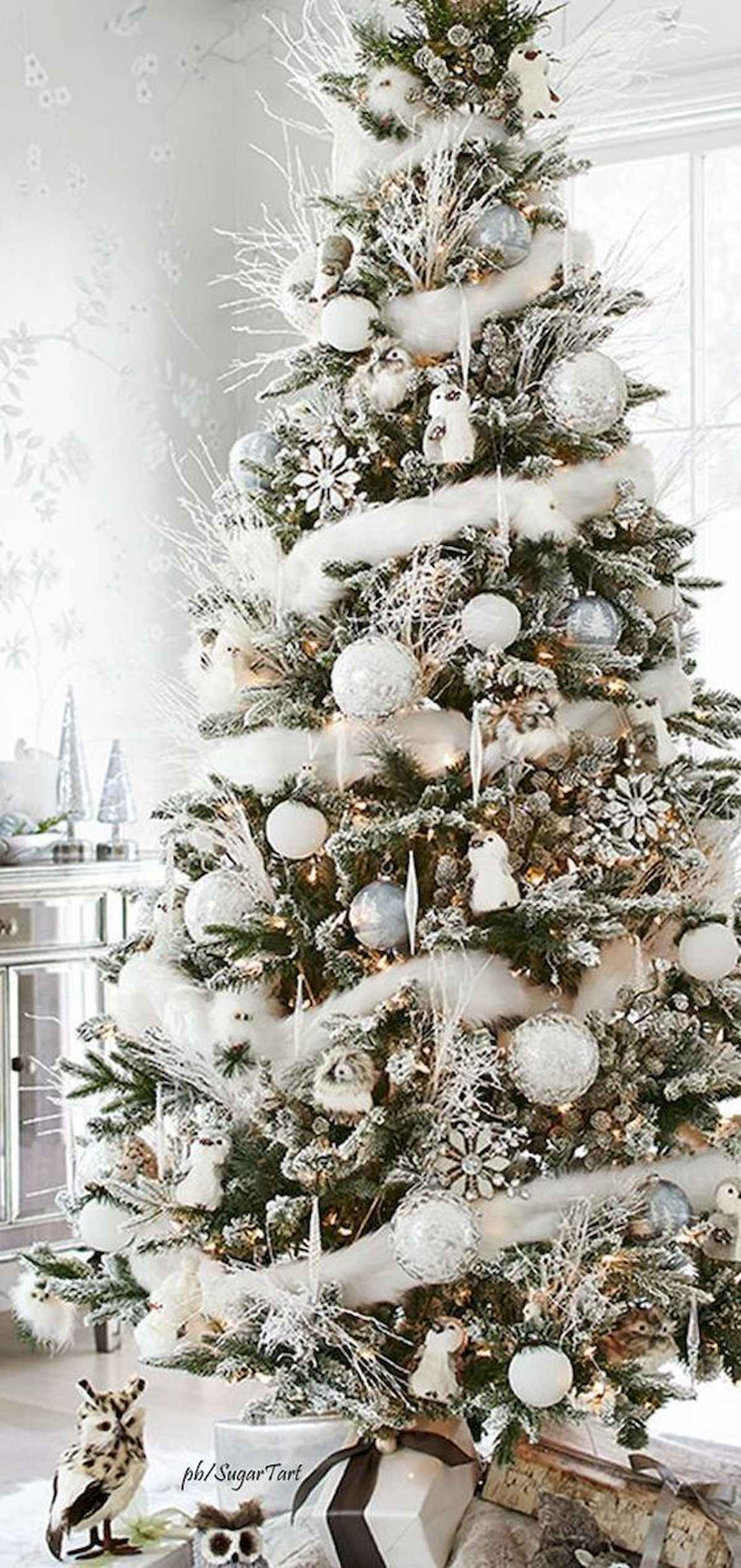 60 awesome christmas tree decorations ideas (18)
