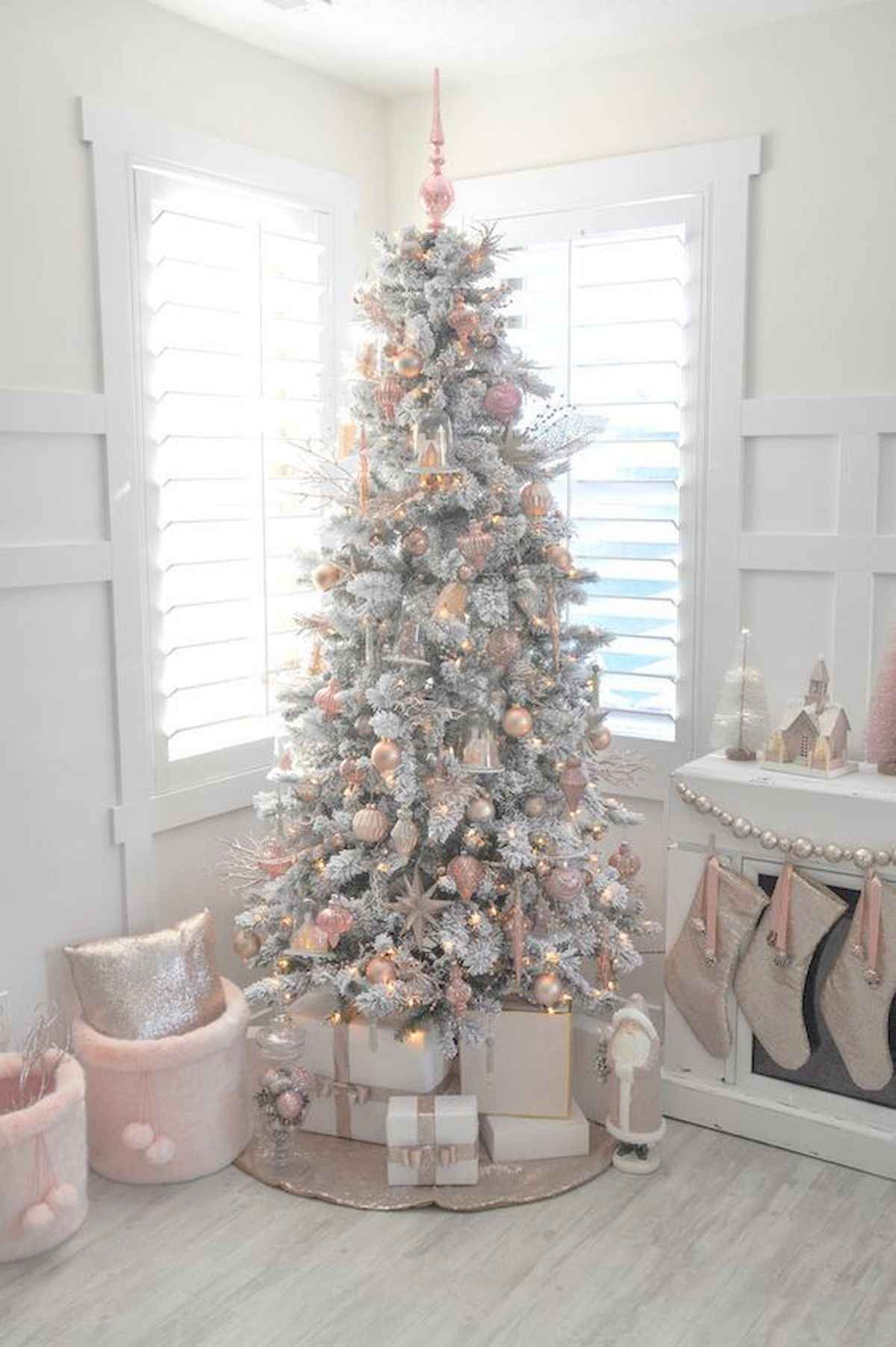 60 awesome christmas tree decorations ideas (27)