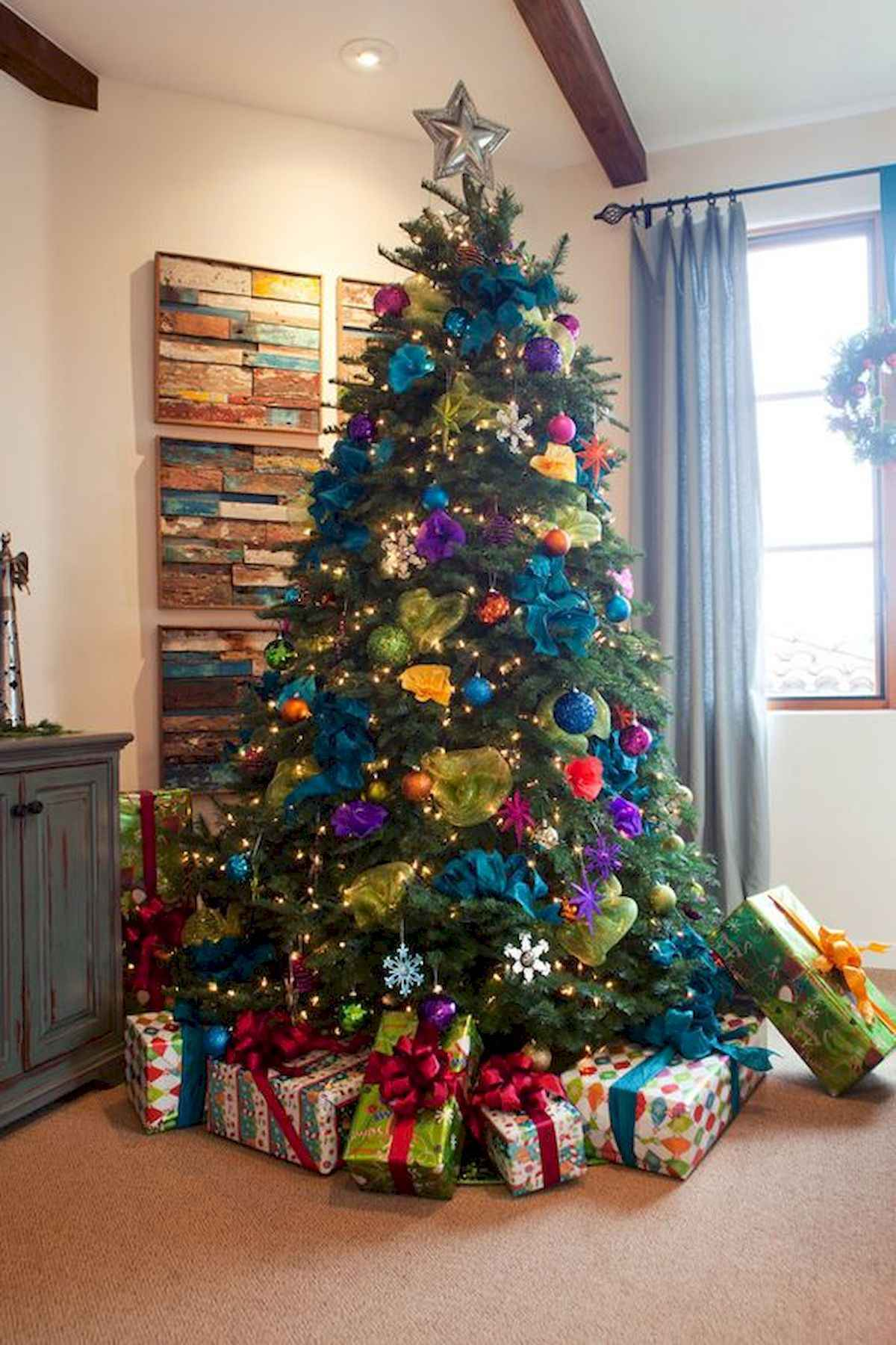 60 awesome christmas tree decorations ideas (45)
