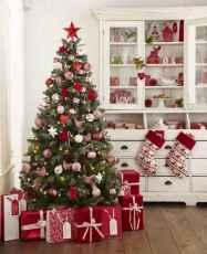 60 elegant christmas decorations ideas (22)