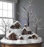 60 simple living room christmas decorations ideas (24)