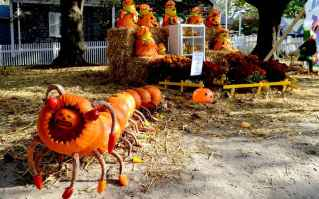 75 awesome helloween home decor ideas (17)