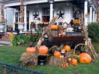 75 awesome helloween home decor ideas (29)