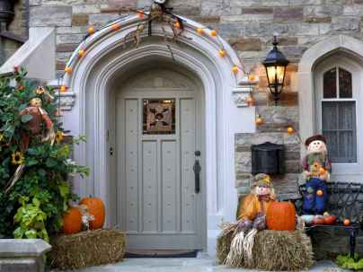 75 awesome helloween home decor ideas (38)