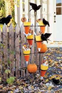 75 awesome helloween home decor ideas (46)