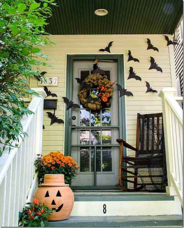 75 awesome helloween home decor ideas (49)