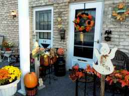 75 awesome helloween home decor ideas (59)