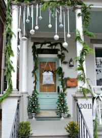 50 christmas front porch decor ideas and remodel (21)
