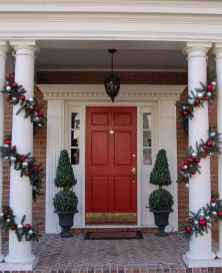 50 christmas front porch decor ideas and remodel (23)