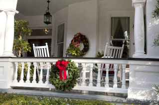 50 stunning christmas front porch decor ideas and design (16)
