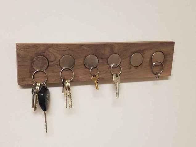 15 most creative diy key holder ideas decorations (16)