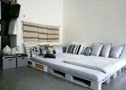 30 creative wooden pallets bed projects ideas (22)