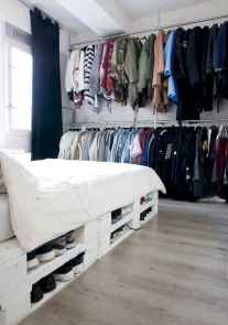 30 creative wooden pallets bed projects ideas (5)