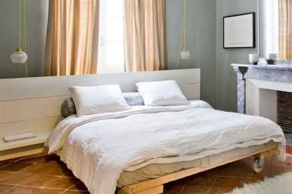 30 creative wooden pallets bed projects ideas (6)