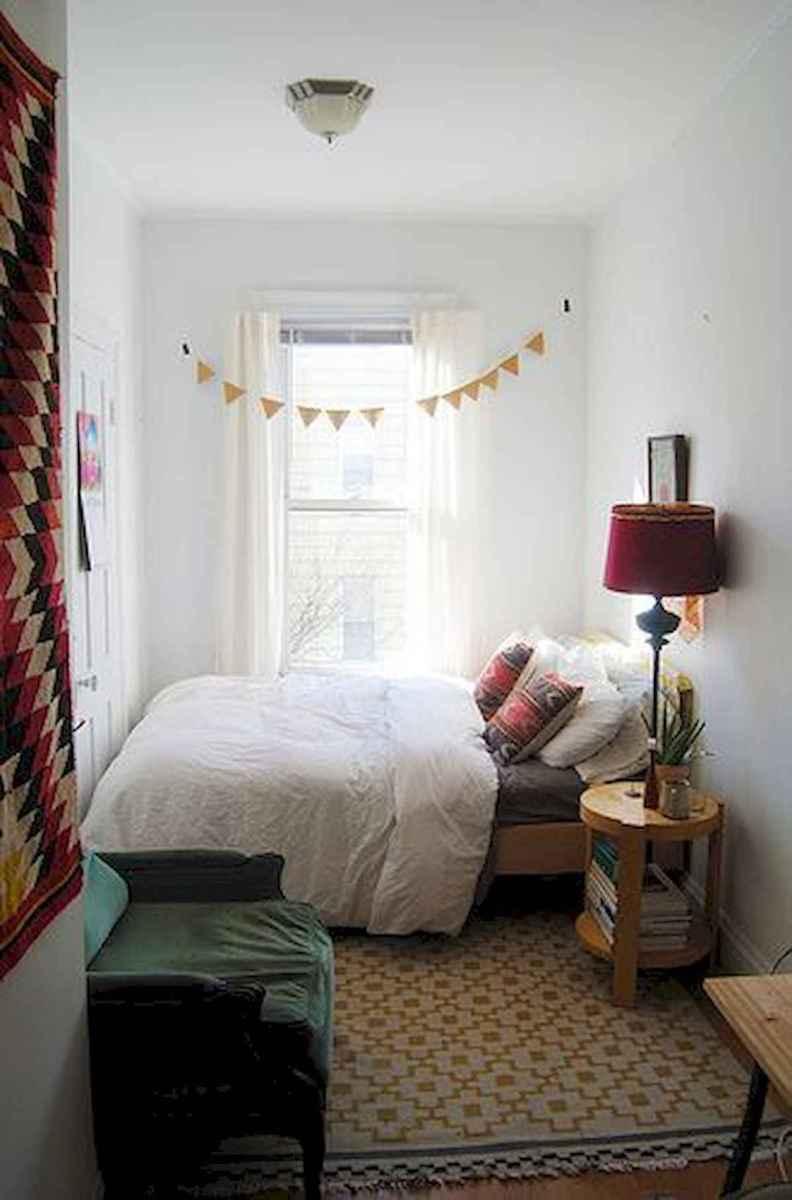 40 creative small apartment bedroom decor ideas (31)
