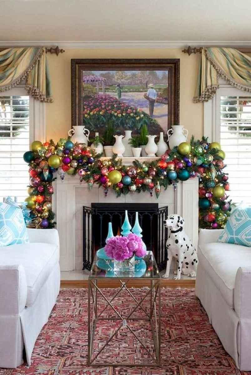 50 elegant christmas mantle decor ideas (19)