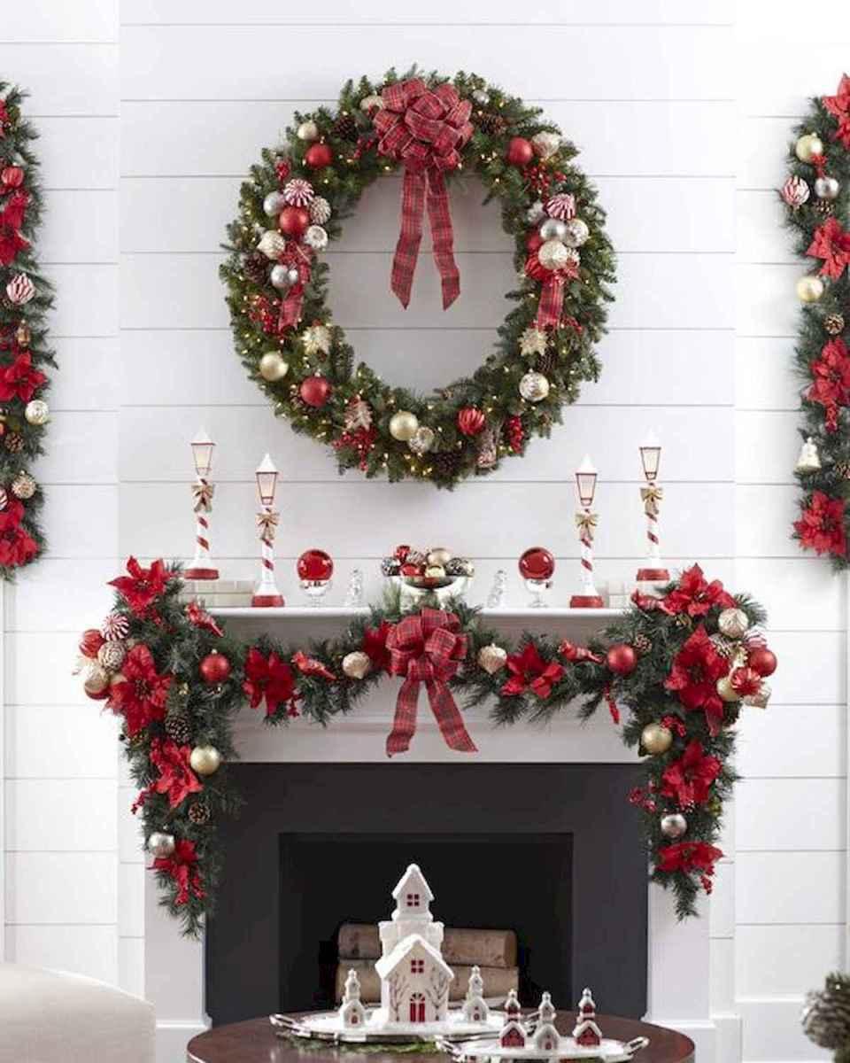 50 elegant christmas mantle decor ideas (32)