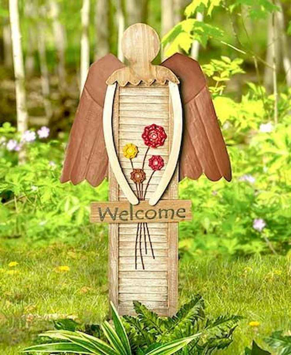 70 creative and genius garden art from junk design ideas for summer (38)