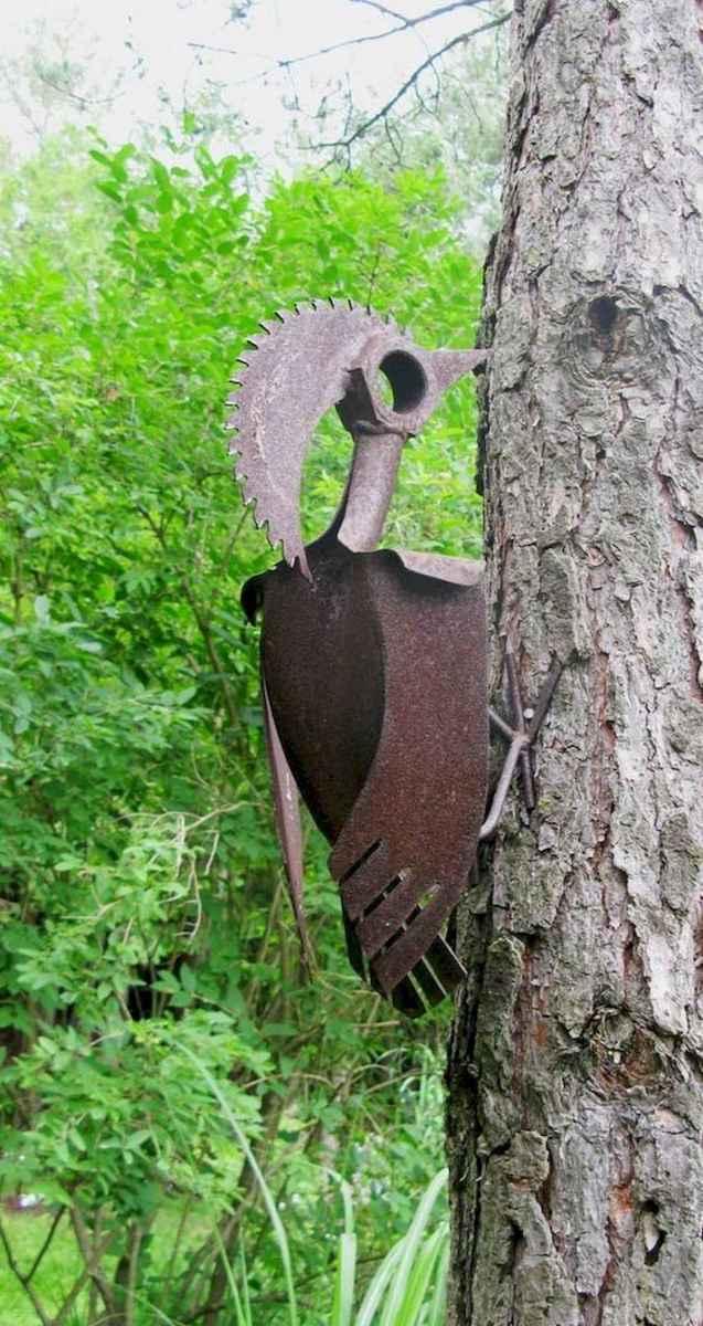 70 creative and genius garden art from junk design ideas for summer (56)