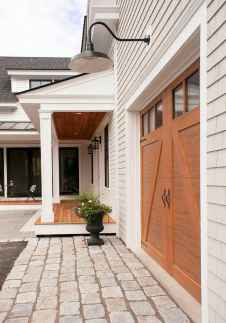 30 minimalist farmhouse exterior design ideas (11)