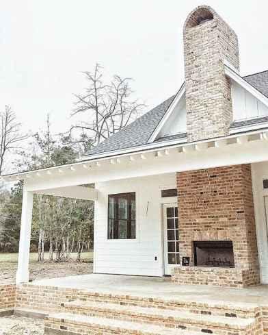 30 minimalist farmhouse exterior design ideas (7)