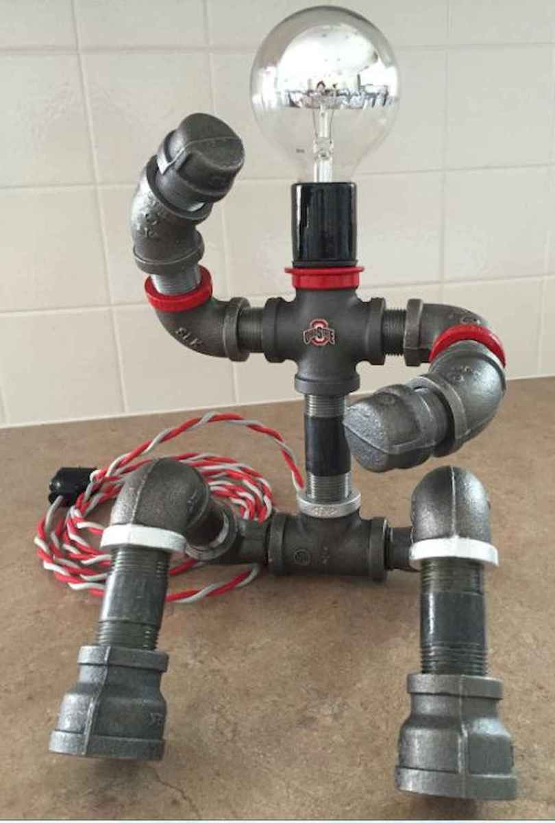 35 creative diy industrial pipe lamp design ideas robot to decor your home (30)