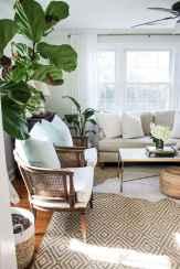 44 cozy coastal themed living room decor ideas that makes your home feels like beach (42)