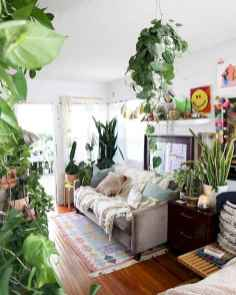44 modern bohemian living room ideas for small apartment (33)