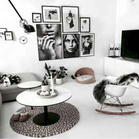 50 beautiful gallery wall ideas to show your photos (20)
