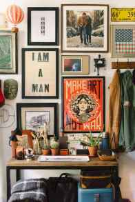 50 beautiful gallery wall ideas to show your photos (42)