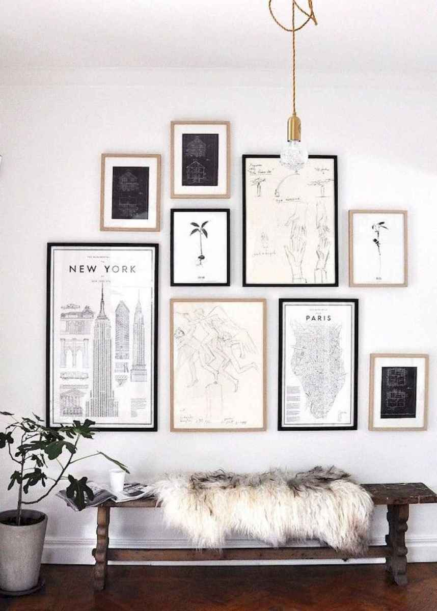 50 beautiful gallery wall ideas to show your photos (43)