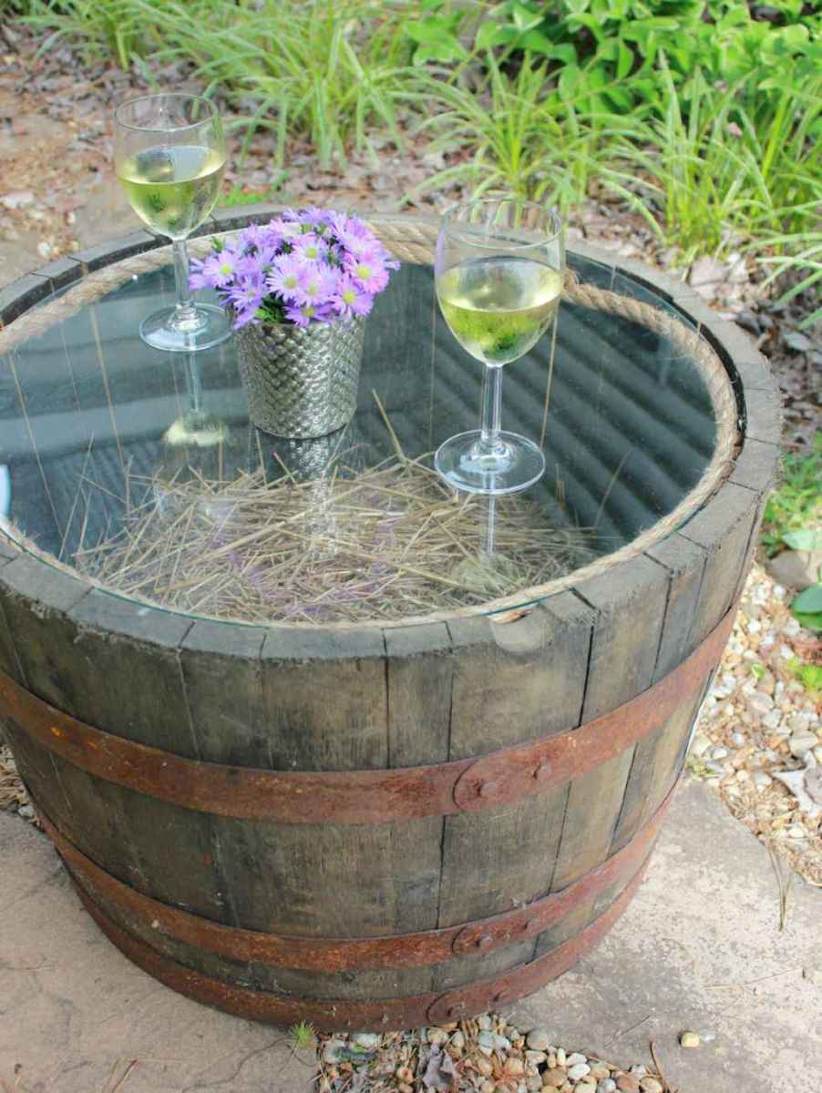 55 rustic outdoor patio table design ideas diy on a budget (39)