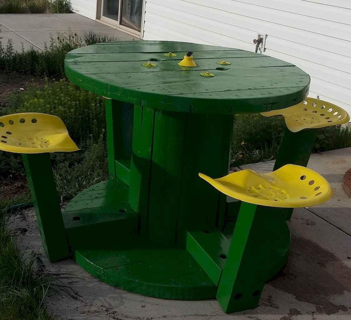 55 rustic outdoor patio table design ideas diy on a budget (53)