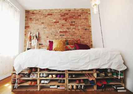 Clever small apartment hacks and organization ideas (4)
