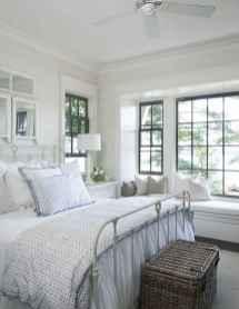 Inspiring modern farmhouse bedroom decor ideas (1)