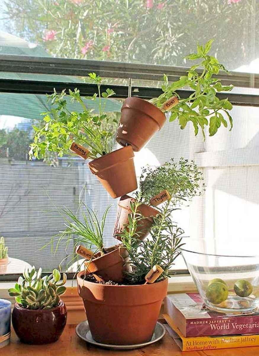 Adorable diy container herb garden design ideas (51)