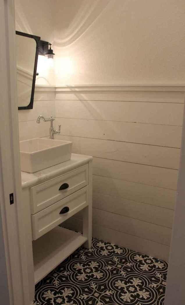 Rustic farmhouse bathroom design ideas (25)