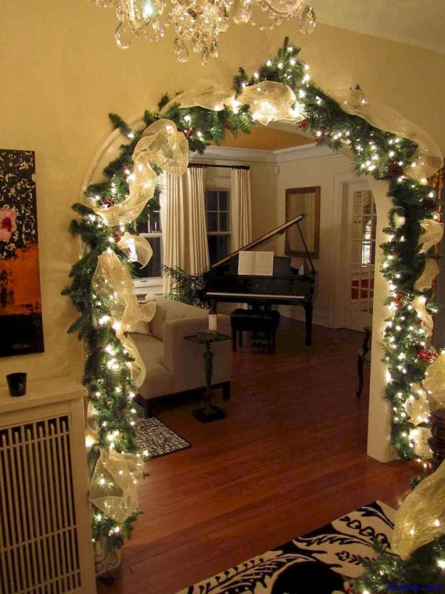 Awesome christmas lights decor ideas 39