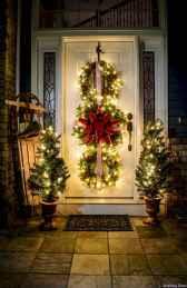 Beautiful 18 christmas porch decor ideas