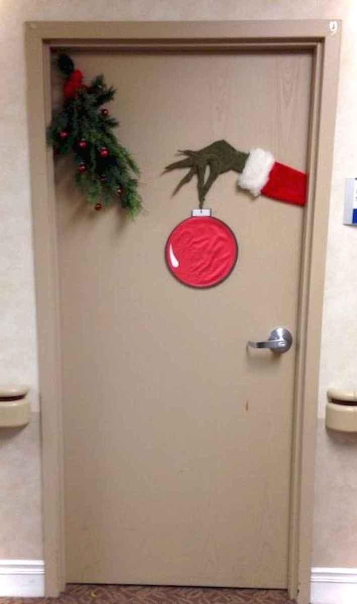 Joyful christmas decorations ideas for apartment 44