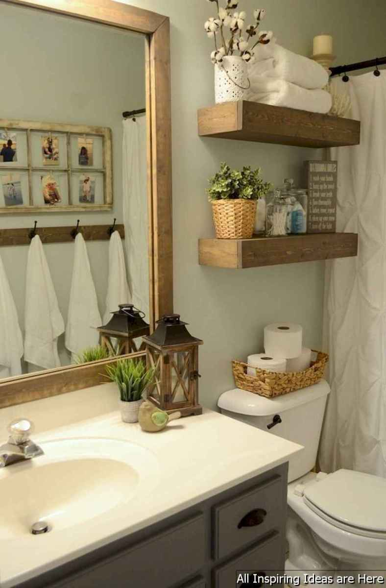 Minimalist modern farmhouse small bathroom decor ideas 21