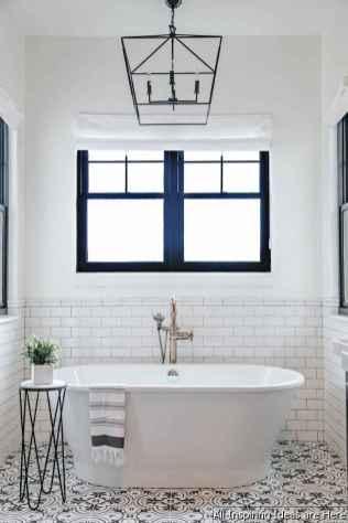 Minimalist modern farmhouse small bathroom decor ideas 27