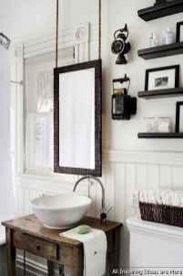 Minimalist modern farmhouse small bathroom decor ideas 32