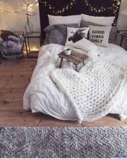 Modern bedroom decorating ideas 025