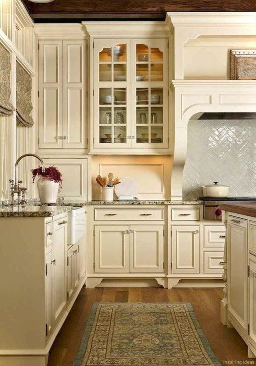 Amazing cottage kitchen cabinets ideas023