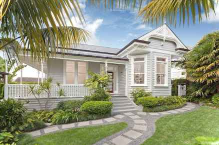Gorgeous cottage house exterior design ideas054