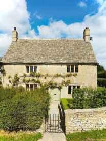 Gorgeous cottage house exterior design ideas055