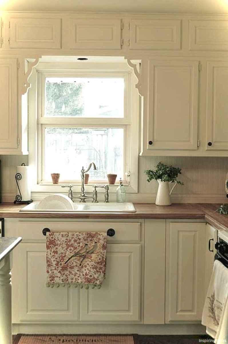 Genius small cottage kitchen design ideas005